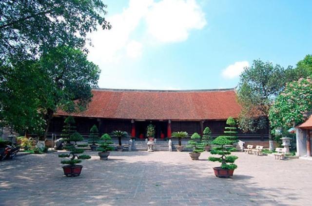 Ngu_Trieu_Di_Quy_Temple