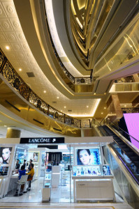Trang Tien plaza shopping