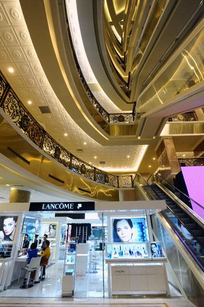 Trang Tien Plaza Shopping Mall Shopping In Hanoi