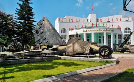 b52 victory museum hanoi