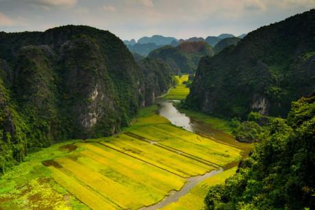 view from Hang Mua