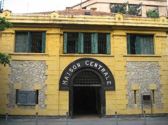 an introduction to the hanoi hilton Essential hanoi: making the most of nicknamed the hanoi hilton by american pilots shot down in north vietnamese offering an introduction to the country's.