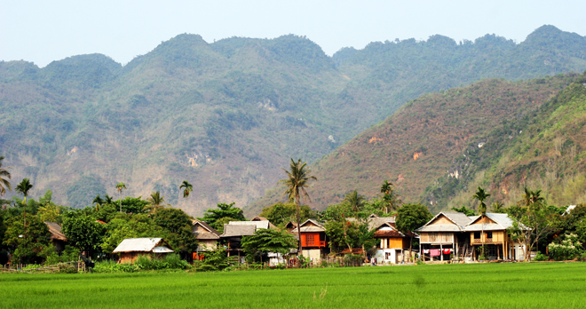 mai chau valley tour