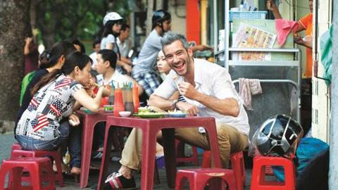 street food taste hanoi